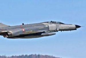 سقوط+یک+فروند+هواپیمای+جنگنده+در+استان+فارس